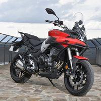 La Voge 500DS refuerza su ofensiva como moto trail asequible para el carnet A2: los mismos 43 CV ahora por 600 euros menos