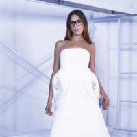 ¿Quieres ser la novia más rompedora y moderna el día de tu boda? Roberto Diz te lo pone muy fácil