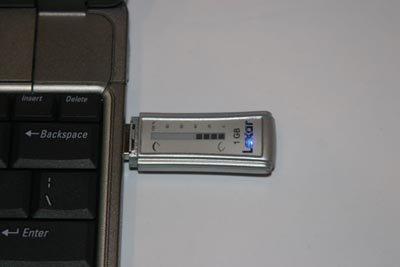 Memoria USB de Lexar con visor porcentual de capacidad