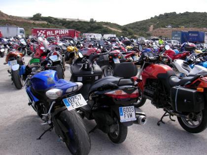 El RACE pide mejoras en las infraestructuras para reducir de forma real los accidentes de motos