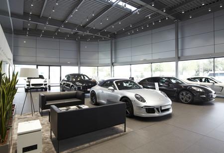 Porsche Madrid Norte exposición coches