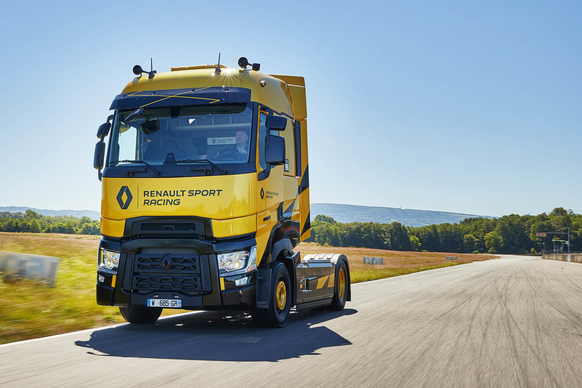 Foto de Renault T High RS Racing Edition (6/14)