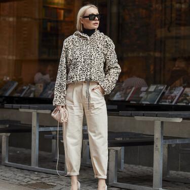 Cómo llevar los pantalones remangados: siete formas distintas según el street style
