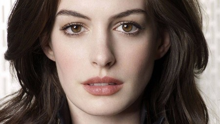 Anne Hathaway protagonizará 'The Lifeboat'