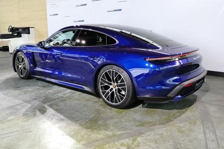 Porsche Taycan 2020 014