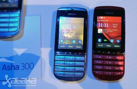 Nokia Asha 300, toma de contacto