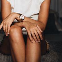 Hay mujeres aprendiendo a controlar la regla con su cuerpo: analizamos qué es el flujo instintivo con dos profesionales