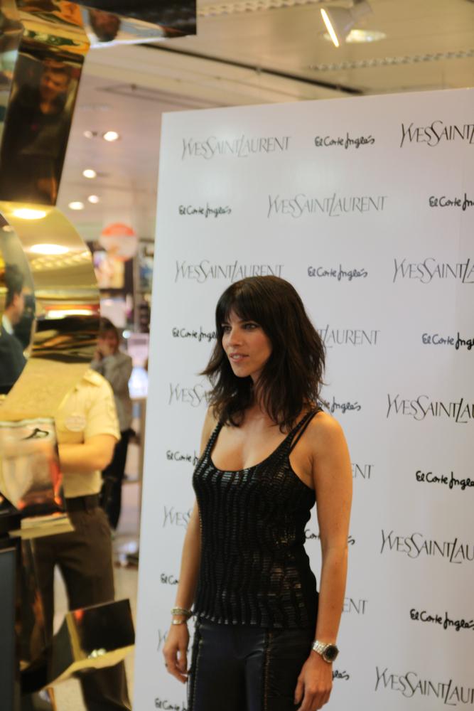 Foto de Maribel Verdú es la madrina del nuevo maquillaje de Yves Saint Laurent (5/13)