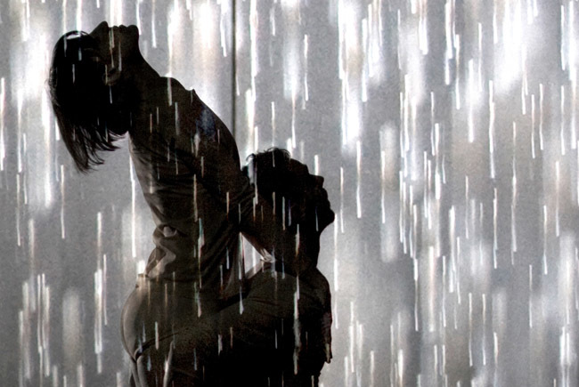 Random Dance in Rain Room