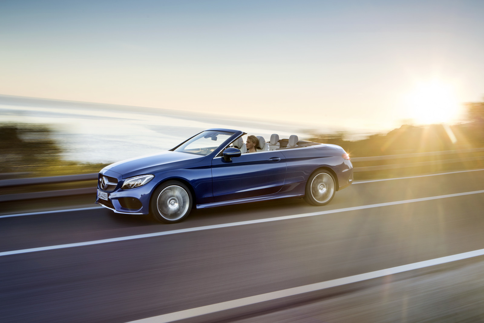 Foto de Mercedes-Benz Clase C y C 43 AMG Cabrio (8/28)