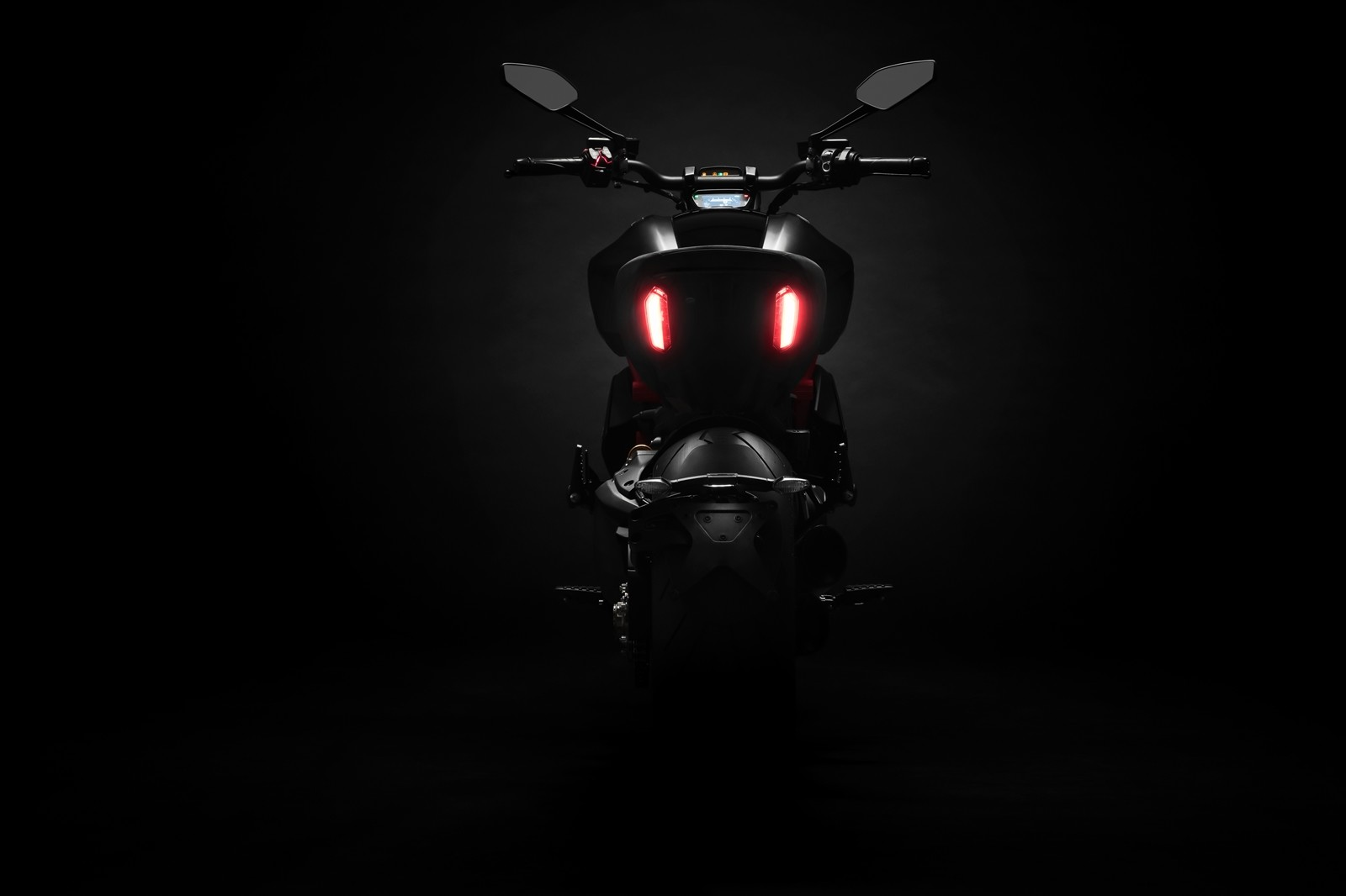 Foto de Ducati Diavel 2019 (30/50)