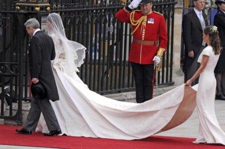 Middleton vestido cola