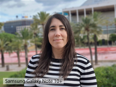 Samsung Galaxy Note 10plus Retrato Dia 02