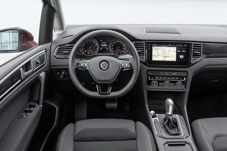 Volkswagen Golf Sportsvan 2018 13