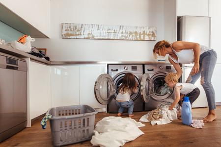 """""""Tu éxito como madre no lo definen las tareas domésticas"""", el escrito viral que invita a no ser tan duras con nosotras mismas"""