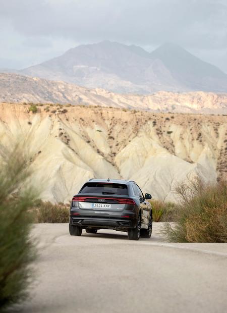 Audi Q8 trasera