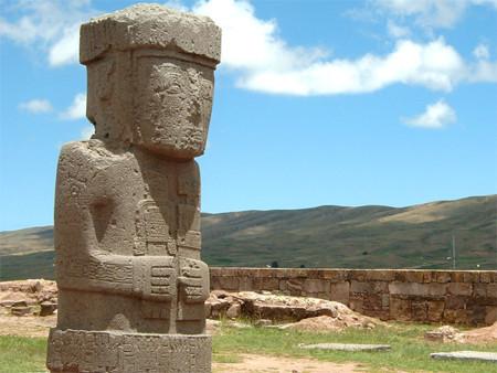 Tiwanaku Statue Der Moench