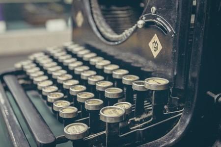 Typewriter 407695 640