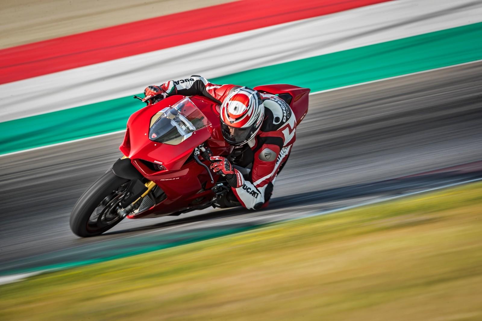 Foto de Ducati Panigale V4 2018 (35/52)