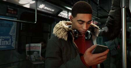 Cuando quieres jugar a Spider-Man Miles Morales y sólo puedes jugar a Miles Morales: con la ciudad desbloqueada, pero como un simple peatón
