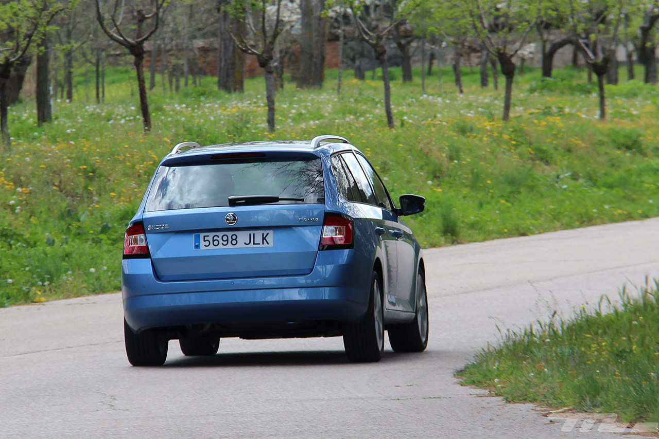 Foto de Škoda Fabia Combi (8/29)