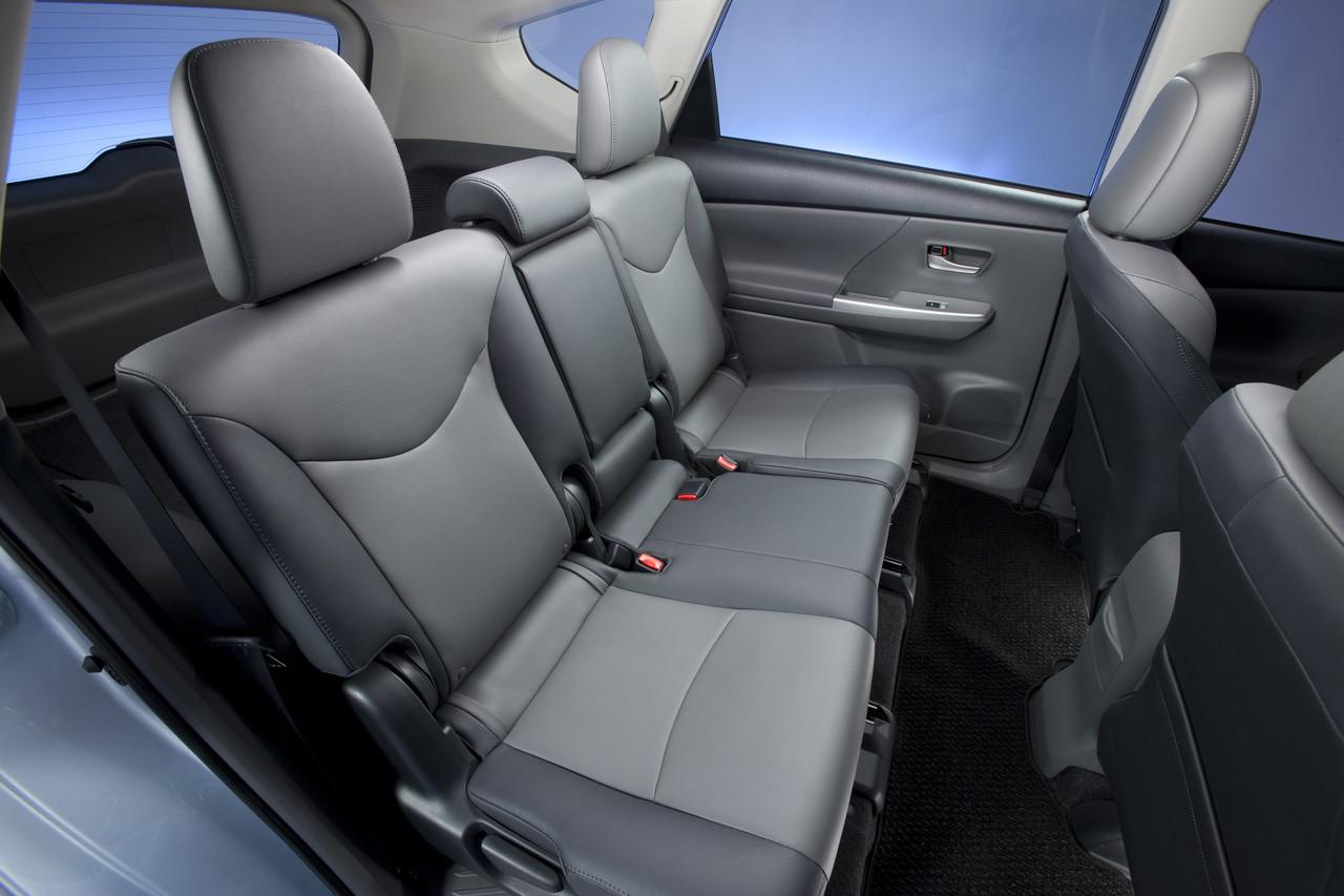 Foto de 2011 Toyota Prius v (68/77)