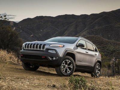 Jeep Cherokee aumenta su seguridad para 2018
