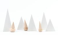 Minimalismo en Navidad con los Happy Little Trees de Fruitsuper Design
