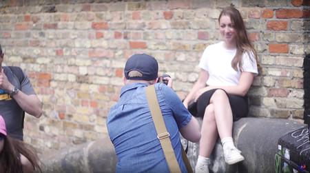 Matt Higgs y el reto de realizar 30 retratos de desconocidos en dos horas