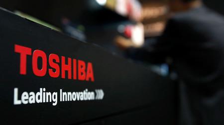 Apple quiere parte del negocio de memorias de Toshiba para abastecer al iPhone