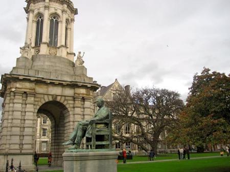 Un paseo por el Trinity College de Dublín