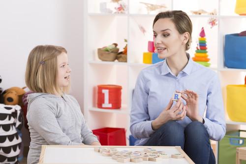 Principales trastornos del lenguaje, el habla o la voz: ¿cómo identificarlos y cuándo acudir a un logopeda?