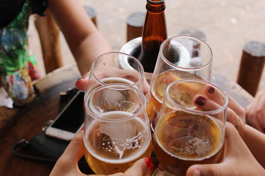 Si no perdonas le cerveza después de entrenar, mejor que sea una sin alcohol