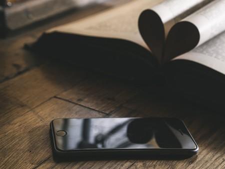 Qué teléfono móvil regalar en el día del padre: las mejores alternativas en función del tipo de usuario