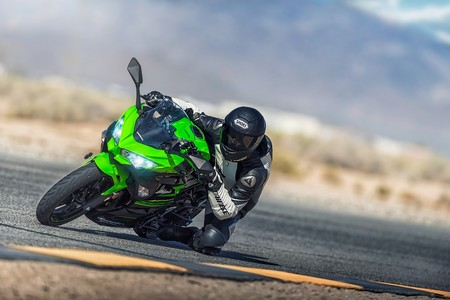 Kawasaki quiere el triplete del WSBK, y para conseguirlo va a homologar su Ninja 400 en SSP300