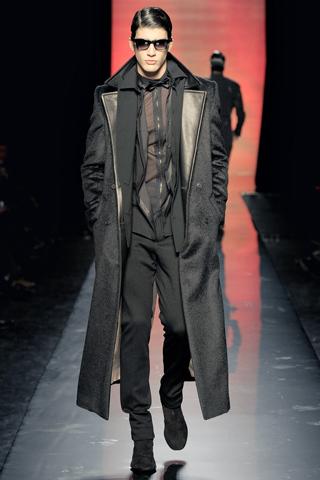 Foto de Jean Paul Gaultier Otoño-Invierno 2011/2012 en la Semana de la Moda de Paris (25/40)