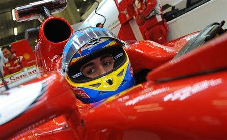 Fernando Alonso se muestra optimista de cara a 2012