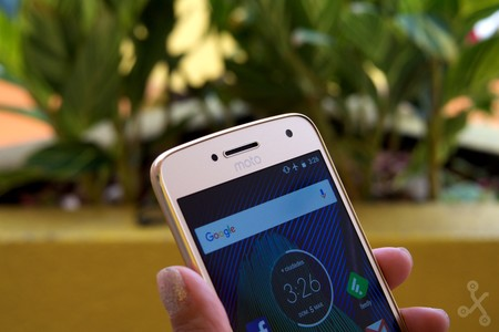 Moto G5 Review 12