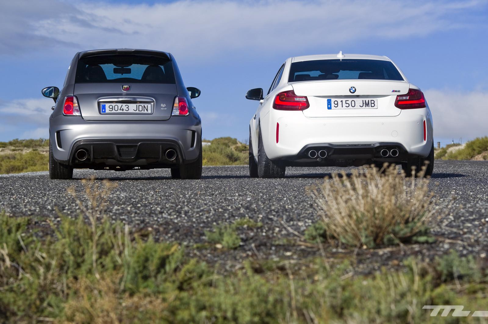 Foto de Abarth 695 Biposto vs BMW M2 (6/44)