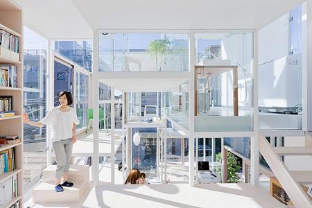 Casa completamente transparente - interior 3