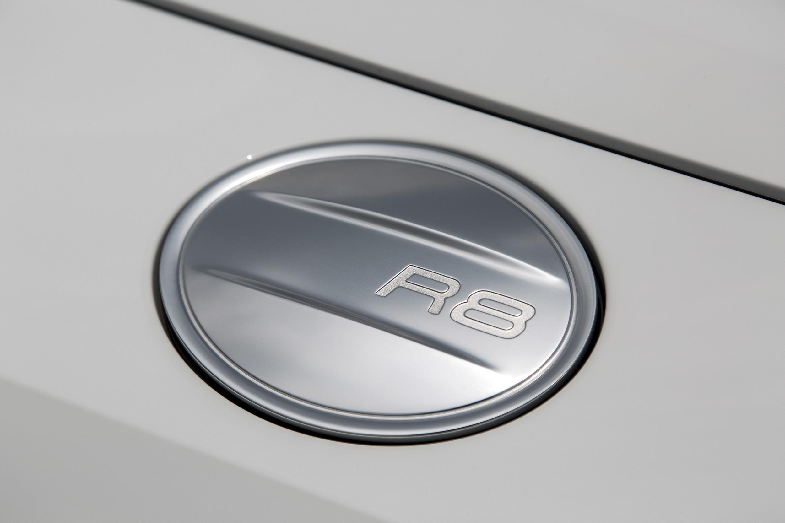 Foto de Audi R8 Spyder (38/38)