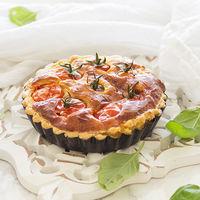 Miniquichés ligeras de tomate cherry y parmesano: receta