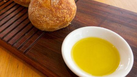 Análisis nutricional de una cucharada de aceite de oliva virgen