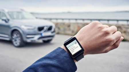 163098 Volvo On Call App In An Android Wear Watch 1