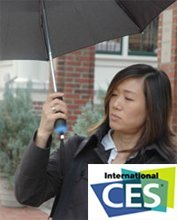 Paraguas meteorólogo que predice el tiempo en el CES