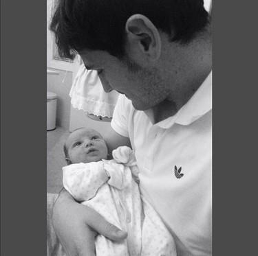 Amor de padres y parejas: Iker Casillas abre la veda y activa el modo tontorrón