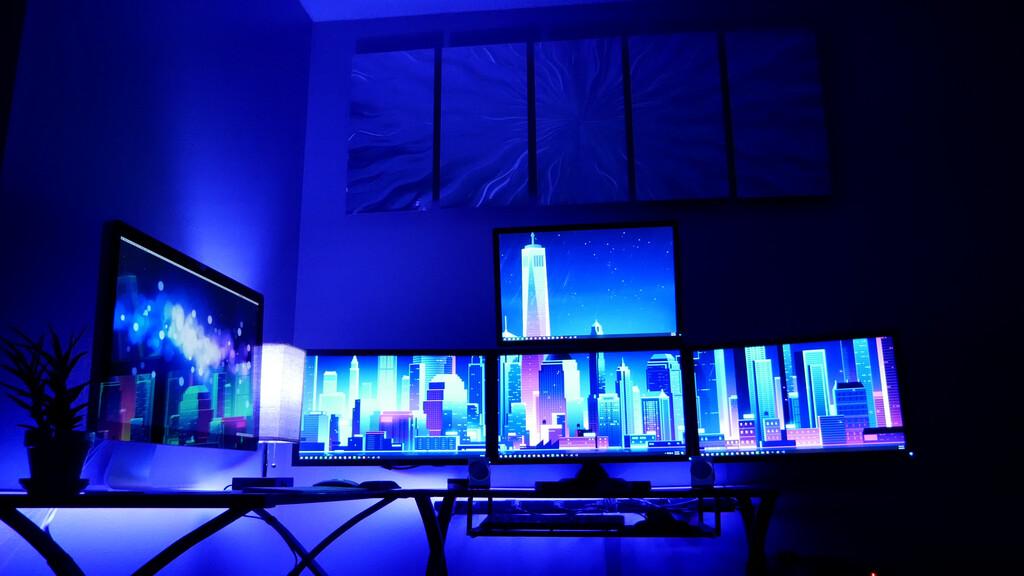 Cómo montar tu setup gaming: 42 sillas, mesas, iluminación, organización, accesorios y más para tu espacio de juego