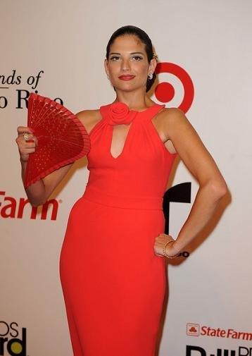 Alfombra roja en los Billboard Latinos 2010: el estilo de las cantantes hispanas