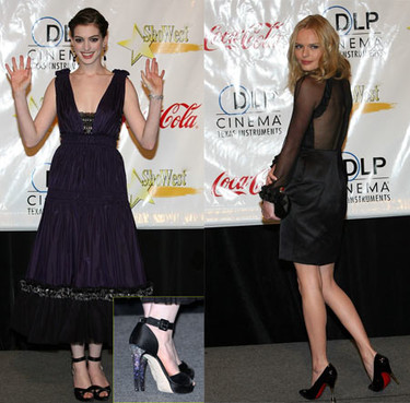 Kate Bosworth y Anne Hathaway en ShoWest 2008