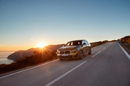 BMW X2 2018 marcha delantera lateral